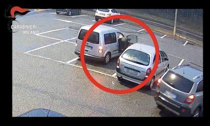 Gomme tagliate alle auto nei supermercati per derubare i proprietari: arrestati