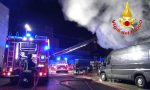 Incendio al magazzino Amazon, dipendenti salvati da ambulanza di passaggio