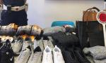 Abusivo vende in strada merce contraffatta: sequestro da 4mila euro della polizia locale