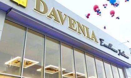 """Sopralluogo nel negozio Davenia, """"aggredita funzionaria del Comune"""""""
