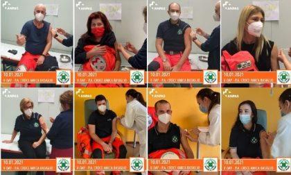 Croce Amica Basiglio, soccorritori e volontari si vaccinano contro il covid