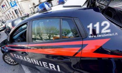 Documenti falsi e droga nella stanza d'albergo: arrestati due francesi