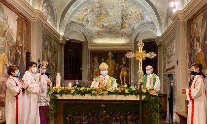 Monsignor Delpini in visita a Rozzano: preghiera per le vittime del covid