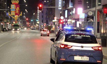 Festa notturna in hotel a Milano, 18 ragazzi denunciati