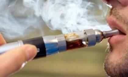 Scoppia la sigaretta elettronica: 36enne ustionato a mano, gambe e genitali