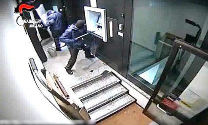 Assalti ai bancomat con esplosivi, colpi da 3.5 milioni: arrestata la banda