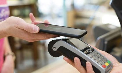 Rivoluzione nei pagamenti in Comune: stop ai contanti, solo Pos
