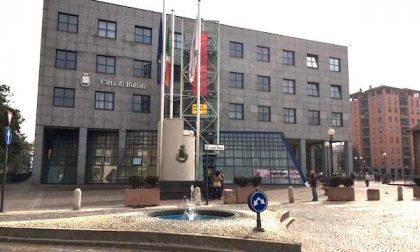 """Polemica sui vaccini a domicilio, il sindaco di Bollate: """"A noi, in zona rossa, hanno risposto picche"""""""