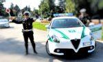 A folle velocità in moto per le vie della città: bloccato dalla polizia locale