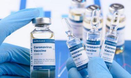 A Rozzano la prenotazione del vaccino anti covid per ultra 80enni in farmacia