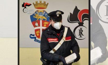Si tuffa nel Lambro per sfuggire ai carabinieri, arrestato con eroina
