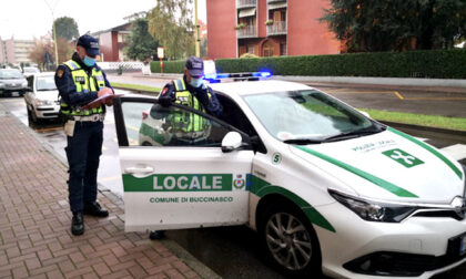 Molesta in strada due giovani: denunciato 50enne a Buccinasco