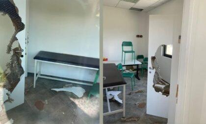 """Devastato ambulatorio a Lacchiarella, il sindaco: """"Incivili imbecilli"""""""
