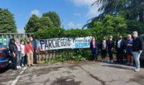 """Protesta dei docenti: """"Nessun parcheggio vicino alla scuola, intervenire subito"""""""