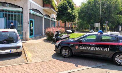 Rapina in banca a Buccinasco, scavano un buco e prendono in ostaggio i dipendenti