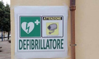 Questione di vita o di morte… Scusi ha un defibrillatore?