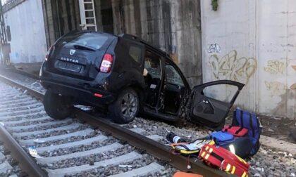 Prima di perdere conoscenza ha chiamato i Vigili del fuoco evitando una tragedia: l'ultimo gesto d'amore di Andrea Deni