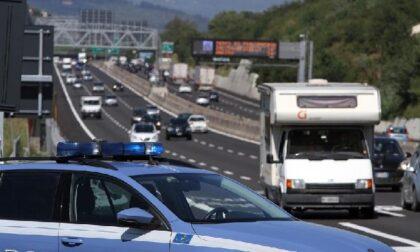 Tenta la fuga in Tangenziale, beccato con oltre 2 chili di cocaina in macchina