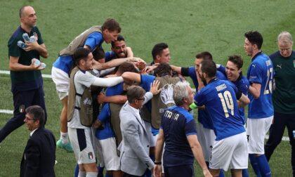 Azzurri agli ottavi da primi del girone!
