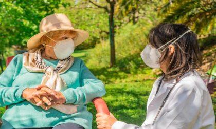 Estate in RSA: vaccinati, sicuri e in compagnia