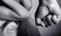 Violenze fisiche e psicologiche nei confronti dei figli minorenni: arrestati i genitori
