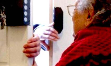 Raggiravano anziani spacciandosi per parenti in difficoltà: 7 condanne, il covo a Rozzano