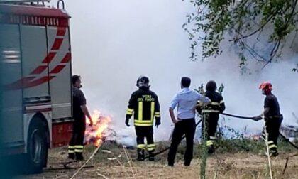Incendio alla ex Area Pozzi: intervengono i Vigili del Fuoco