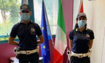 Agenti della pl di Buccinasco sventano rapina salvando un uomo aggredito mentre sono in vacanza