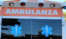Moto impatta contro un'auto a Gaggiano: centauro in gravissime condizioni